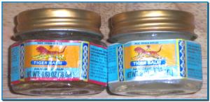 Bálsamo de Tigre (Tiger Balm) es una pomada a base de ingredientes herbales. Aunque vendido como producto para masaje, el Bálsamo de Tigre también puede ser aplicado en casos de dolores musculares y de cabeza, migrañas, tos, chichones y picaduras de mosquitos.