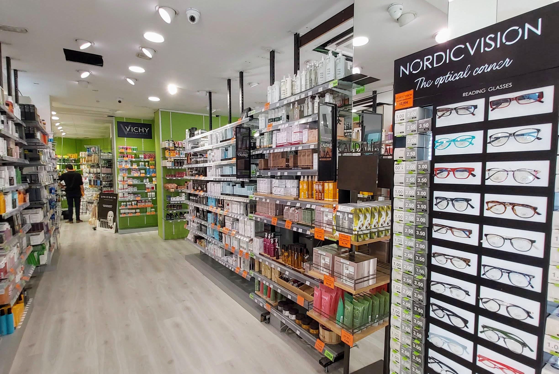 Comprar gafas de presbicia y de lectura Nordic rediseñando las gafas de Gran farmacia Andorra online dándoles un toque moderno fresco y actual