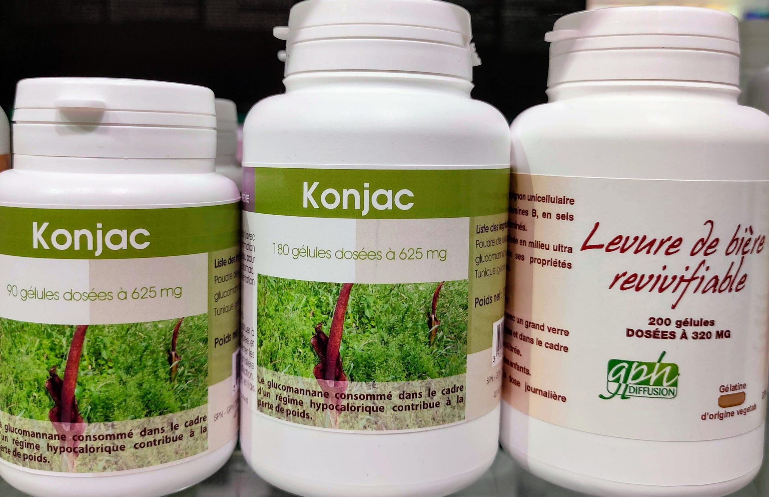 Le konjacagit notamment comme un très boncoupe-faimpossède aussi uneaction sur l'équilibre de la cholestérolémieet aide à l'améliorer