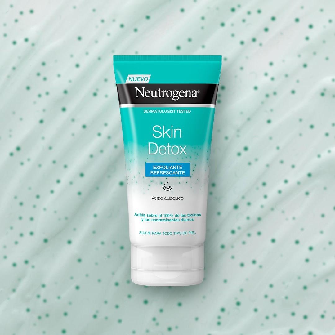 ¿Buscando una receta detox? 🥦🍏🥗 Te damos nuestra favorita para poner la piel a punto con el exfoliante Neutrogena Skin Detox