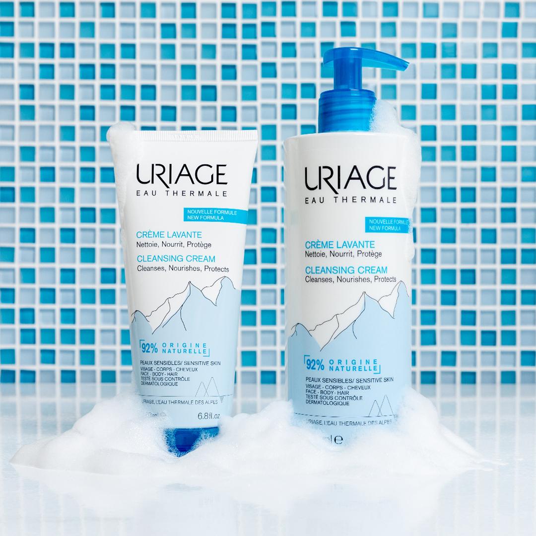 URIAGE Crema Lavante cuida la piel de toda la familia gracias a su poder hidratante y a su textura espumosa suave